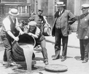 Prohibition, Prohibition protest, pouring beer on the ground