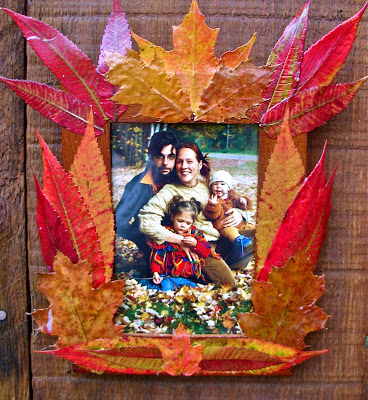 Fall leaf frame, autumn frame, do it yourself frame, leaf crafts