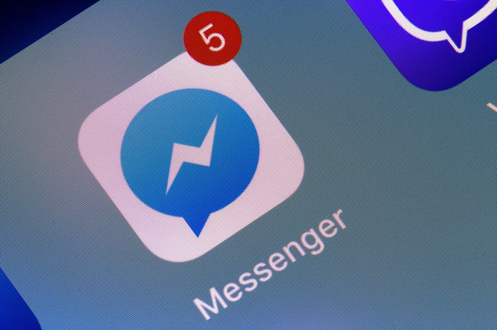 facebook messenger, instant messaging apps