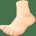 🦶🏻 foot: light skin tone Emoji on Facebook Platform