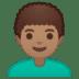 👨🏽🦱 man: medium skin tone, curly hair Emoji on Google Platform